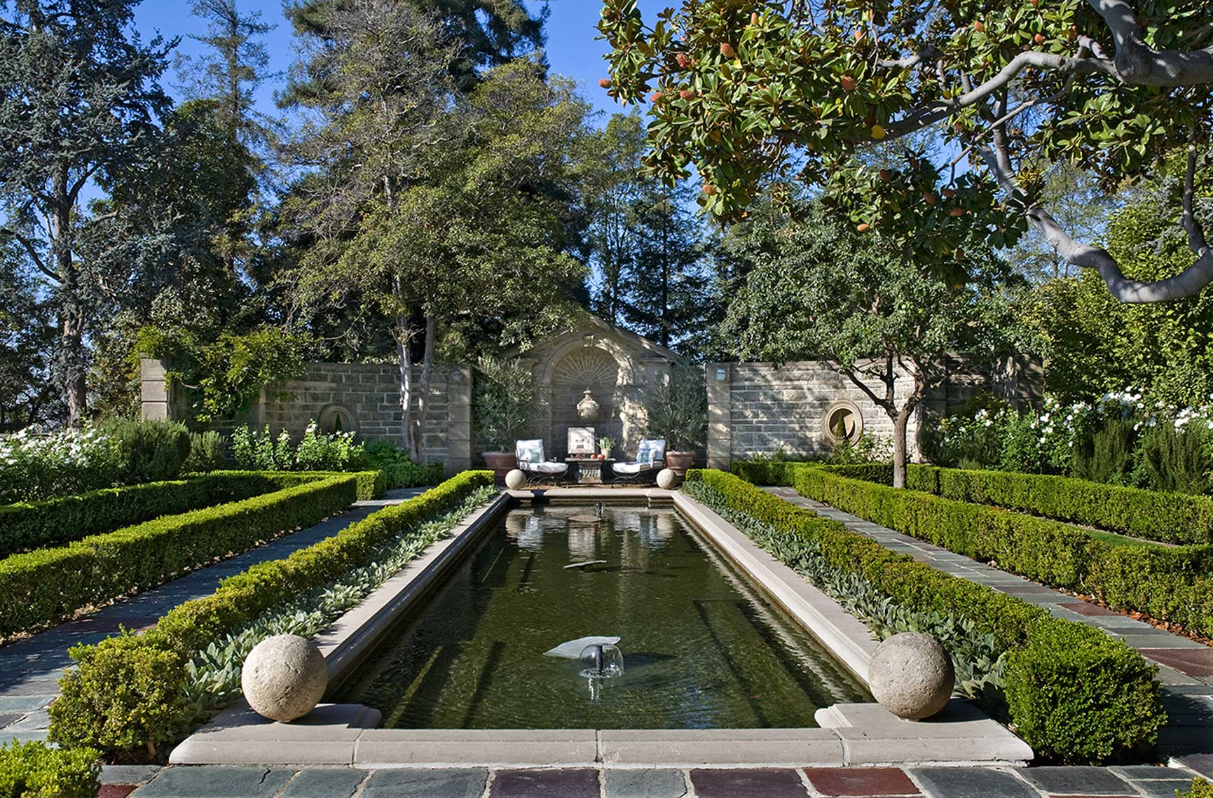 Greystone mansion pool, axial view